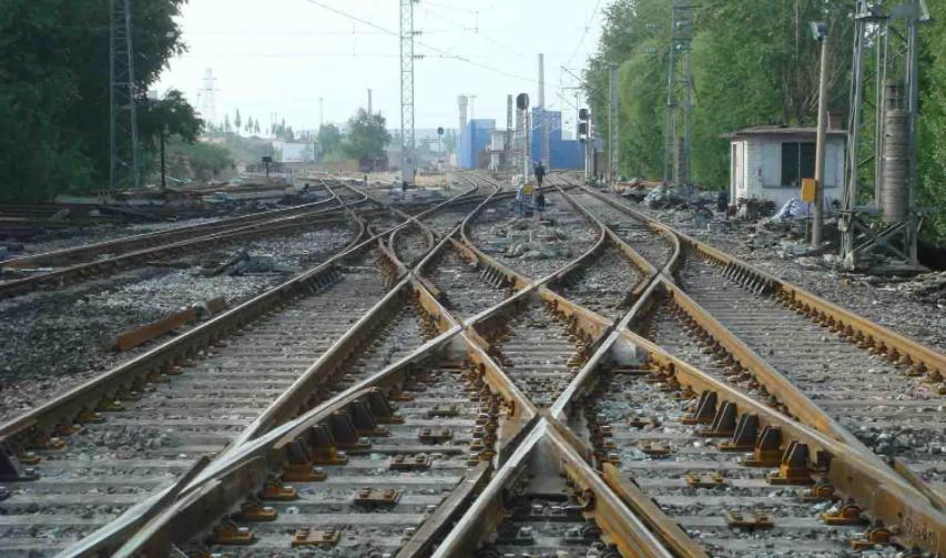航空摄影技术在铁路工程测量中的应用